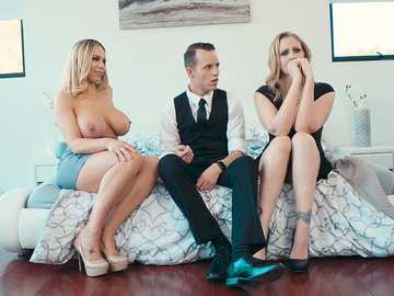Julia Ann and Olivia Austin: My Stepmom's Social Club