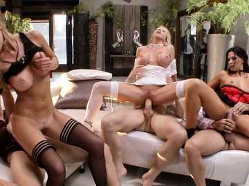 Subil Arch, Mea Melone, Felicia Kiss, Kittina and Alexa Tomas in blind orgy