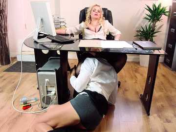 Katy Jayne is a business woman and a cheating wife with insatiable pussy
